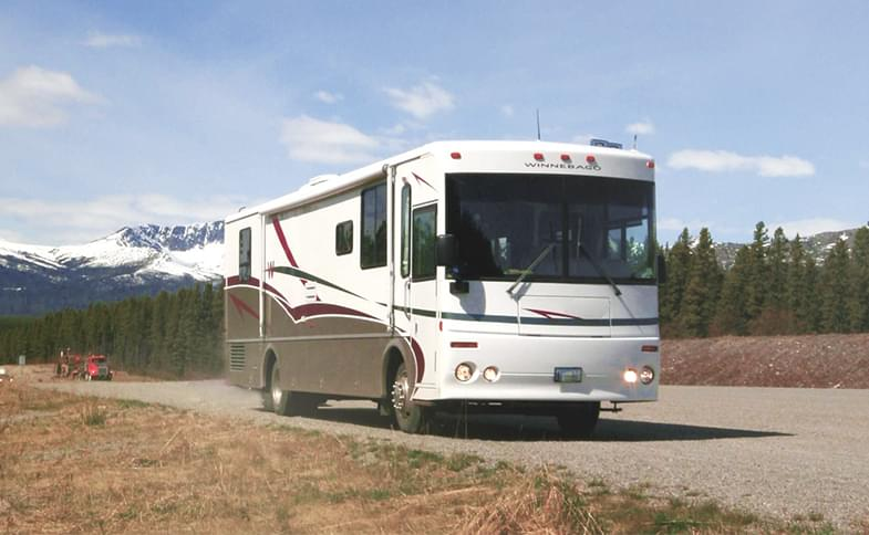 Rv Rent To Own >> Rv Rental Online Book Rvs And Trailers Worldwide Campanda Com